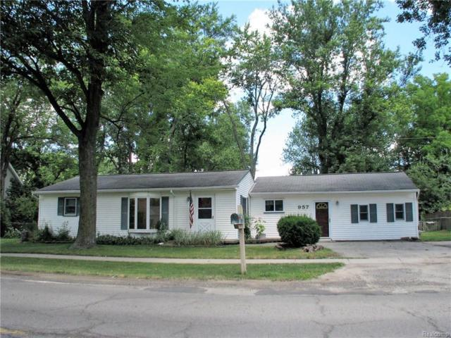 957 Miller Road, Orion Twp, MI 48362 (#218066397) :: RE/MAX Classic