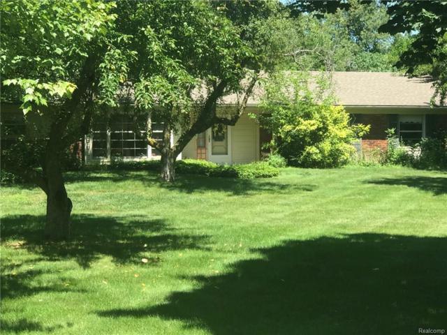 4294 Pine Tree Trail, Bloomfield Twp, MI 48302 (MLS #218071692) :: The Toth Team