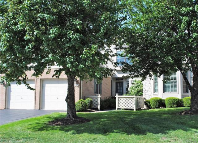 539 Newburne Pointe S, Bloomfield Twp, MI 48304 (#218073850) :: Duneske Real Estate Advisors