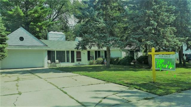 30030 Gloria Street, Saint Clair Shores, MI 48082 (#218087735) :: RE/MAX Classic