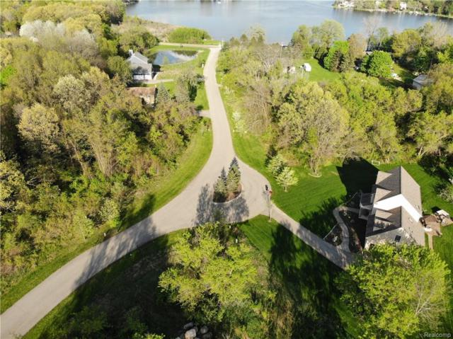 11726 Scenic Valley, Springfield Twp, MI 48350 (#218088510) :: The Buckley Jolley Real Estate Team