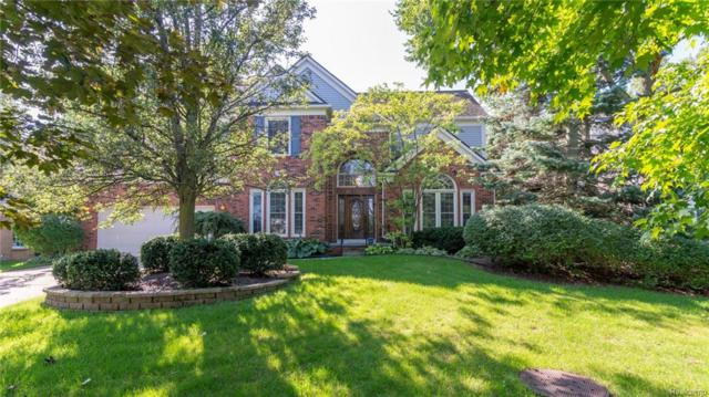 5689 Cherry Lane, West Bloomfield Twp, MI 48324 (#218088575) :: RE/MAX Classic