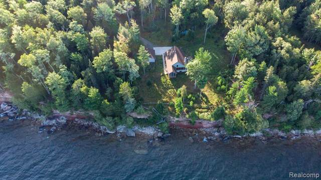 14196 Rock Beach Drive, L'Anse Twp, MI 49946 (#218097623) :: The Buckley Jolley Real Estate Team
