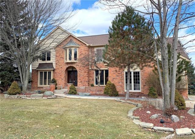 3236 Glengrove Drive, Rochester Hills, MI 48309 (#219010983) :: The Alex Nugent Team | Real Estate One