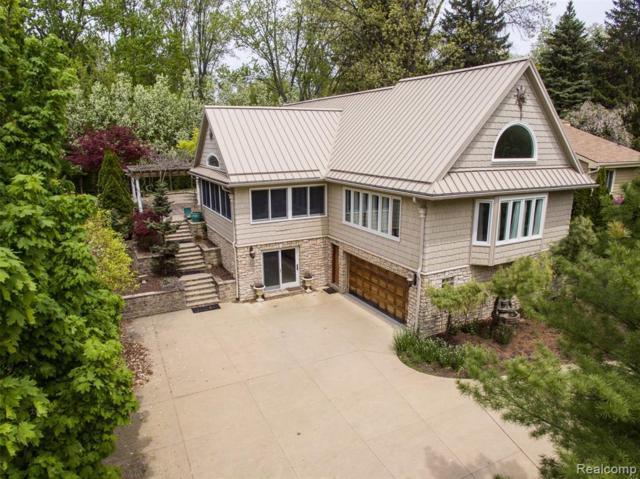 5570 Bluebird Avenue, Orchard Lake, MI 48324 (#219023076) :: RE/MAX Classic