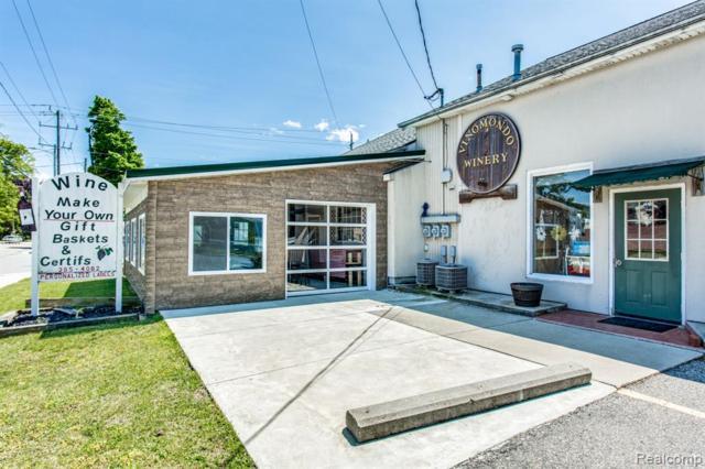 4505 Lakeshore, Fort Gratiot Twp, MI 48059 (#219046811) :: The Buckley Jolley Real Estate Team