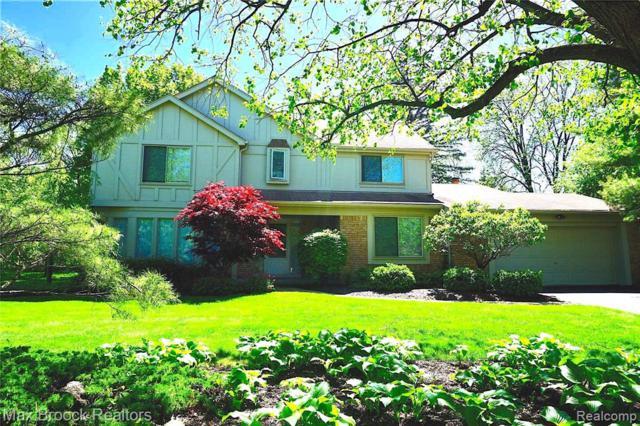 29579 Kings Pointe Court, Farmington Hills, MI 48331 (MLS #219049004) :: The Toth Team