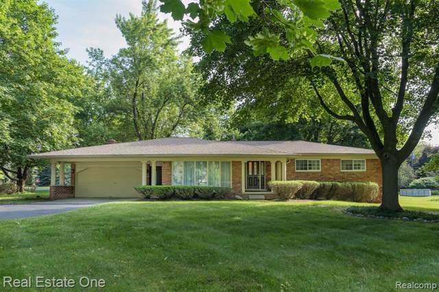 2816 New England Drive, Rochester Hills, MI 48309 (#219060017) :: RE/MAX Classic