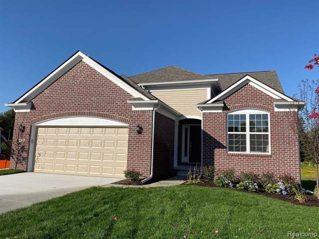 4728 West Preserve Court, West Bloomfield Twp, MI 48323 (#219100089) :: Alan Brown Group