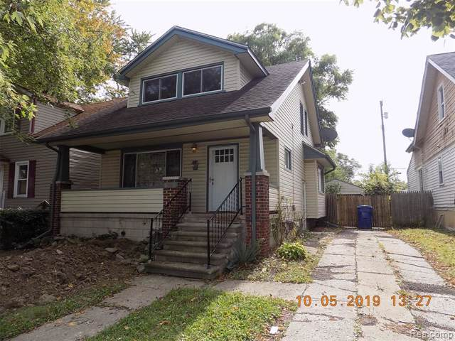 8420 Chalmers Avenue N, Warren, MI 48089 (#219100711) :: The Mulvihill Group