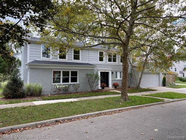 343 Moselle Pl, Grosse Pointe Farms, MI 48236 (#219105868) :: RE/MAX Nexus