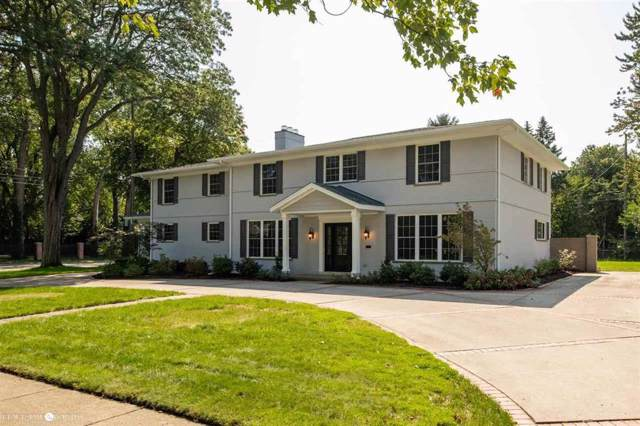 55 Stephens Rd, Grosse Pointe Farms, MI 48236 (MLS #58031398304) :: The Toth Team