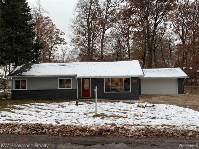 1505 Odette, Hartland Twp, MI 48353 (#219114610) :: The Buckley Jolley Real Estate Team