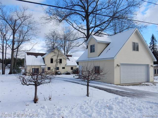 3380 West River Drive, Secord Twp, MI 48624 (#219120954) :: The Buckley Jolley Real Estate Team