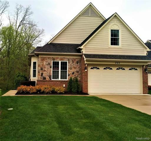 553 Andover Court, Rochester Hills, MI 48306 (MLS #2200014078) :: The Toth Team