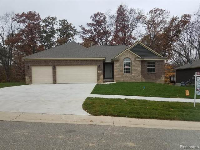 2863 Moosewood Drive W, Waterford Twp, MI 48329 (#2200022380) :: Springview Realty