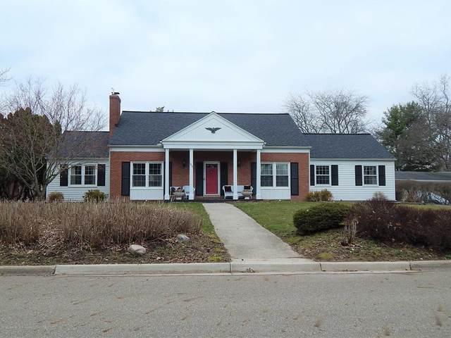 1817 Walnut Heights Drive, East Lansing, MI 48823 (#630000245092) :: Springview Realty