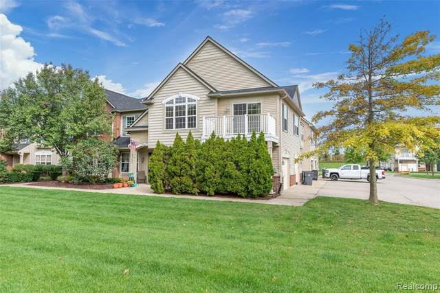 4260 Hampton Ridge Boulevard, Genoa Twp, MI 48843 (#2200074029) :: Duneske Real Estate Advisors
