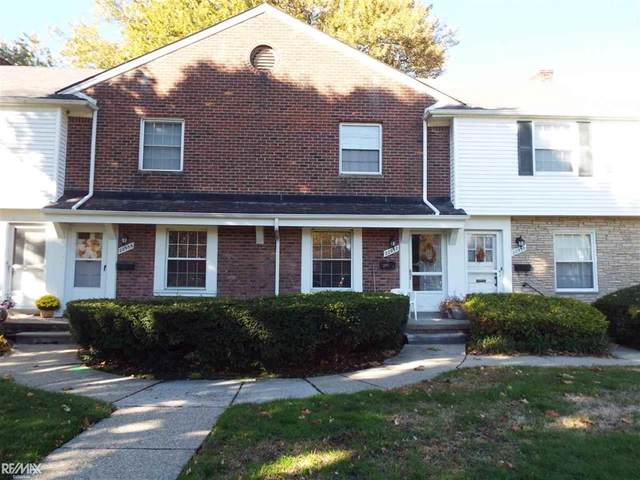 22957 Lakeshore #443, Saint Clair Shores, MI 48080 (#58050026003) :: RE/MAX Nexus
