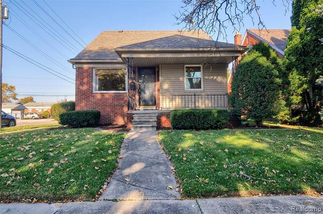 15682 Euclid Avenue, Allen Park, MI 48101 (MLS #2200089667) :: The John Wentworth Group