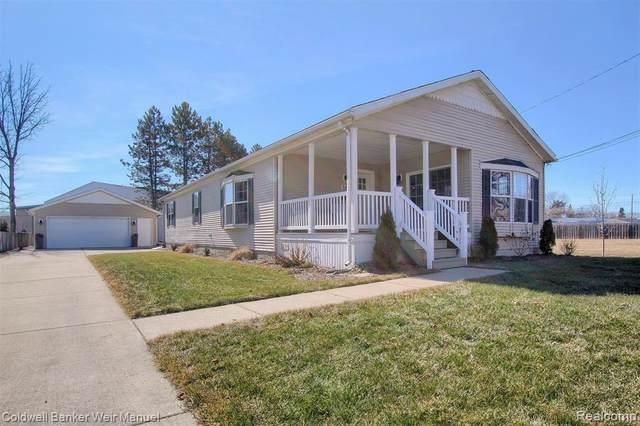 188 Ann Arbor Trl, Plymouth, MI 48170 (#2200092941) :: GK Real Estate Team