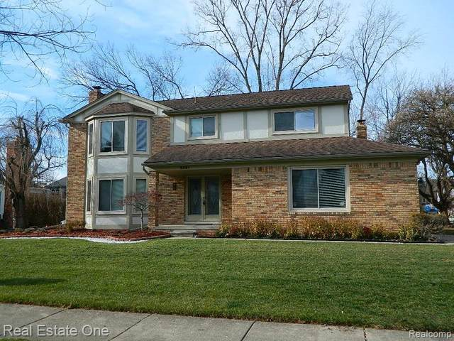 5341 Allison Drive, Troy, MI 48085 (#2200096614) :: Robert E Smith Realty
