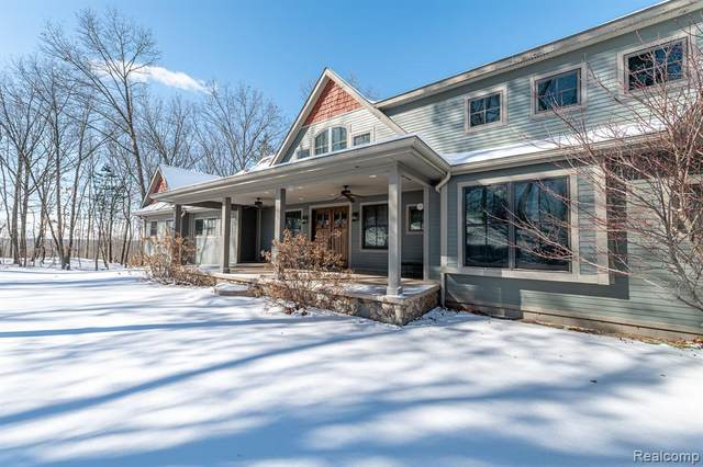 2250 High Meadows Drive, Brandon Twp, MI 48462 (#2210003753) :: Duneske Real Estate Advisors