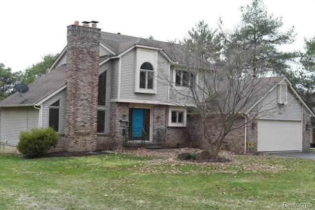 6931 Cranberry Lake Road, Independence Twp, MI 48348 (#2210007959) :: Novak & Associates