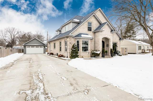 33528 Rhonswood Street, Farmington Hills, MI 48335 (#2210008949) :: The BK Agency