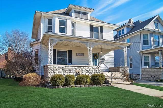 220 W Elm Avenue, Monroe, MI 48162 (#2210009436) :: GK Real Estate Team