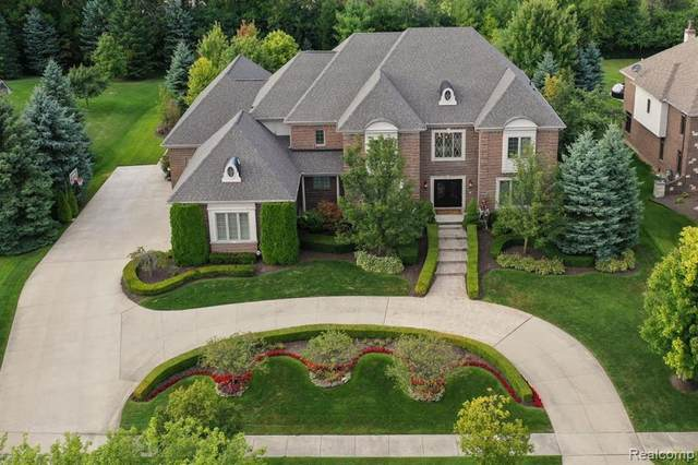47490 Bellagio Drive, Novi, MI 48167 (#2210010299) :: Duneske Real Estate Advisors