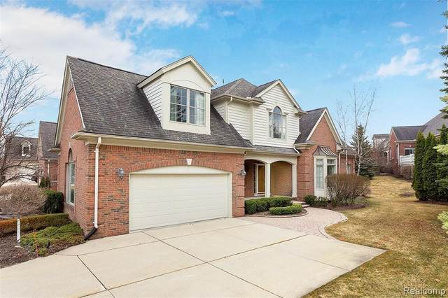 2869 Hastings Court, Oakland Twp, MI 48306 (#2210011416) :: The Alex Nugent Team | Real Estate One