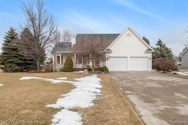 2205 Fawn Glen Circle, Mayfield Twp, MI 48446 (MLS #2210013110) :: The John Wentworth Group