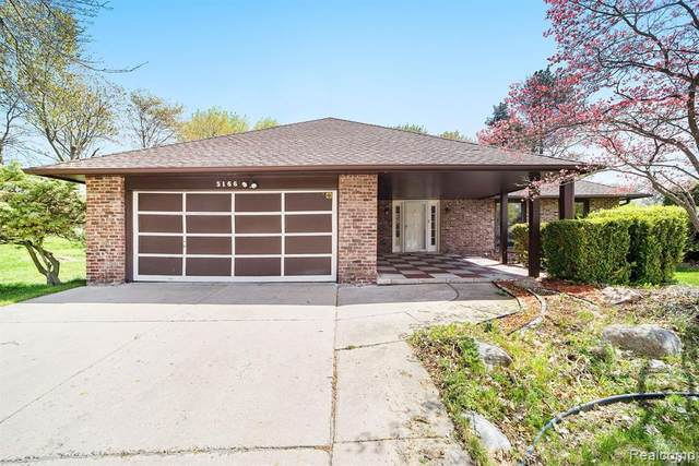 5166 Bayside Drive, Troy, MI 48098 (#2210019496) :: Real Estate For A CAUSE