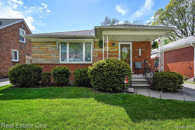 8647 Riverdale Street, Dearborn Heights, MI 48127 (#2210033277) :: The Alex Nugent Team | Real Estate One