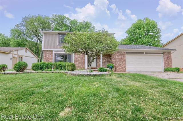 25314 Buckminster Drive, Novi, MI 48375 (#2210038169) :: Duneske Real Estate Advisors