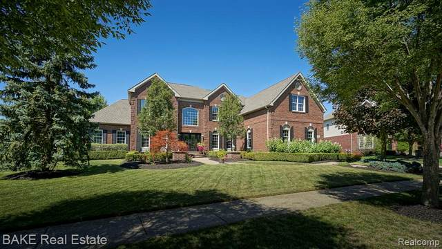 26503 Glenwood Drive, Novi, MI 48374 (#2210039230) :: Duneske Real Estate Advisors