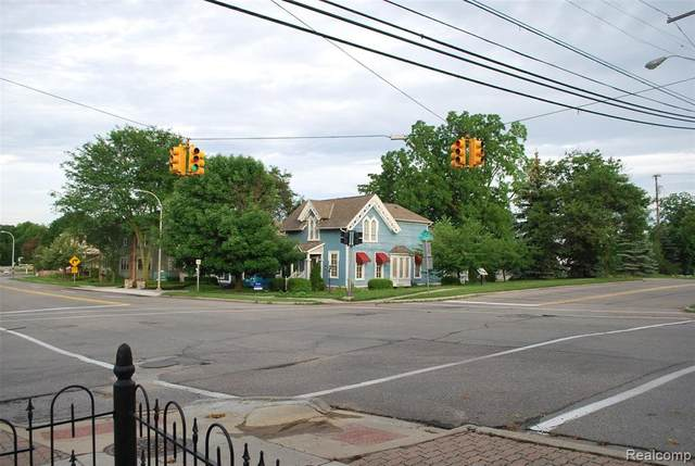 410 E Main Street, Northville, MI 48167 (#2210046173) :: GK Real Estate Team