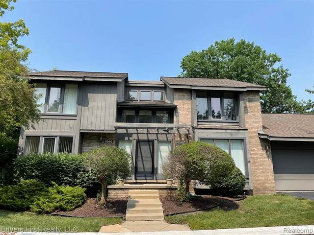 5980 Pinetree Drive, West Bloomfield Twp, MI 48322 (#2210057106) :: National Realty Centers, Inc
