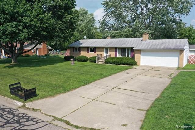 4421 Lawnwood Lane, Burton, MI 48529 (#2210057672) :: Real Estate For A CAUSE