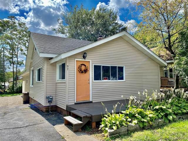 97 W Tennyson Avenue, Pontiac, MI 48340 (#2210076997) :: Real Estate For A CAUSE