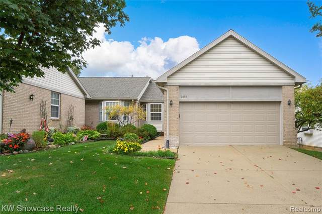 3088 Harbor Court, Waterford Twp, MI 48328 (#2210084946) :: Robert E Smith Realty