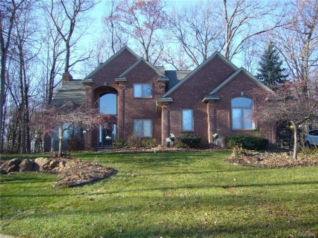 1713 Gleneagles Drive, Highland Twp, MI 48357 (#217107520) :: The Buckley Jolley Real Estate Team