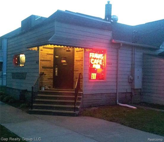 602 Forest Street, Wyandotte, MI 48192 (#217110987) :: The Buckley Jolley Real Estate Team