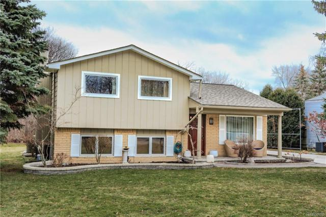 1918 Kirkton Drive, Troy, MI 48083 (MLS #218007561) :: The Toth Team