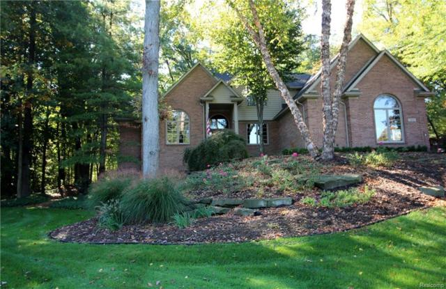 5920 Turnberry Drive, Commerce Twp, MI 48382 (#218076441) :: RE/MAX Classic
