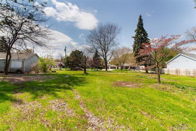 39856 Shoreline, Harrison Twp, MI 48045 (#219012419) :: The Buckley Jolley Real Estate Team