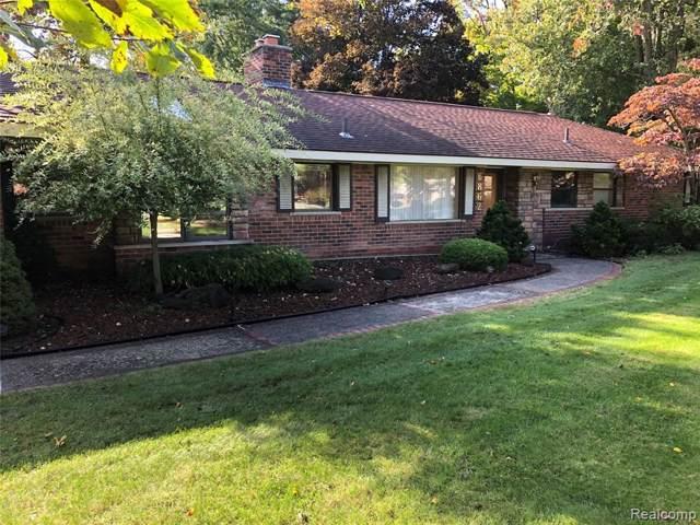6862 Halyard Road, Bloomfield Twp, MI 48301 (#219053656) :: The Buckley Jolley Real Estate Team