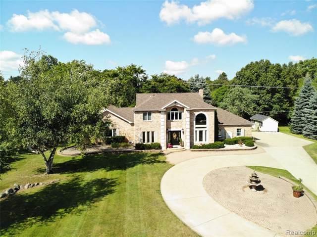 11483 Denton Hill Road, Tyrone Twp, MI 48430 (#219091064) :: The Buckley Jolley Real Estate Team