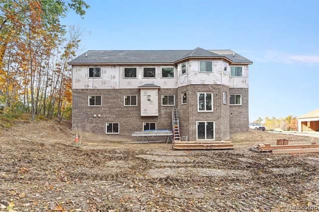 10255 Turtle Bay Cove, Fenton, MI 48430 (#219109407) :: The Buckley Jolley Real Estate Team